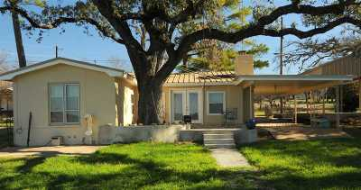 Burnet Single Family Home For Sale: 501 Lakewood