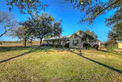 Marble Falls Single Family Home For Sale: 550 Timber Ridge