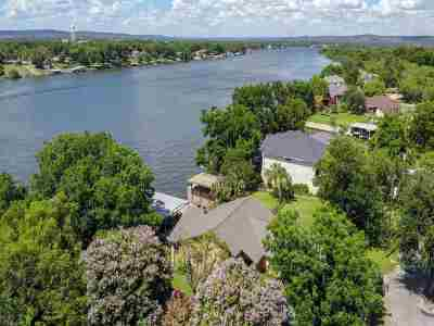 Kingsland Single Family Home For Sale: 212 Bridgepoint