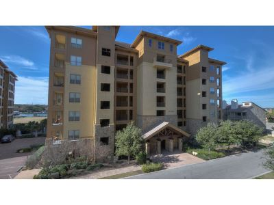 Horseshoe Bay Condo/Townhouse Pending-Taking Backups: 1000 The Cape #16