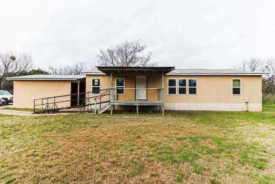 Burnet Manufactured Home For Sale: 242 County Rd 118