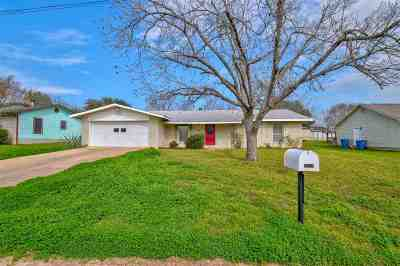 Marble Falls TX Single Family Home For Sale: $179,900