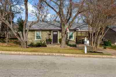 Marble Falls Single Family Home Pending-Taking Backups: 303 6th St