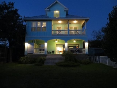 Single Family Home For Sale: 210 Campa Pajama