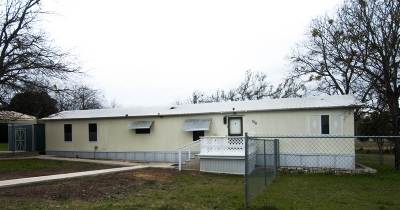 Burnet Manufactured Home For Sale: 500 S Clark Street