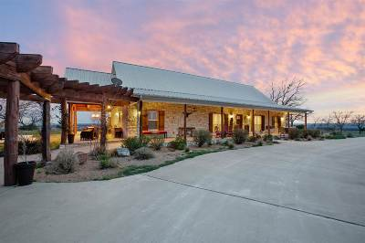 Burnet County, Lampasas County, Bell County, Williamson County, llano, Blanco County, Mills County, Hamilton County, San Saba County, Coryell County Farm & Ranch For Sale: 3754 W Fm 580