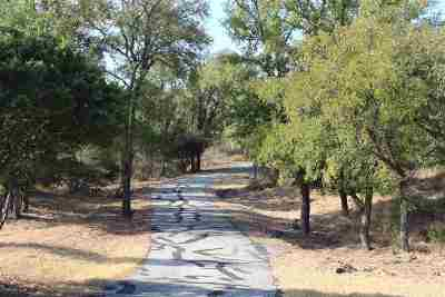 Llano TX Single Family Home For Sale: $219,900
