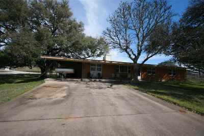 Kingsland Single Family Home Pending-Taking Backups: 3713 River Oaks Drive