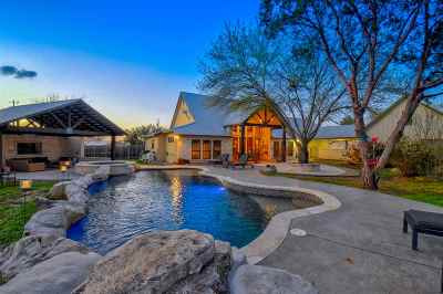 Marble Falls TX Single Family Home Pending-Taking Backups: $620,000