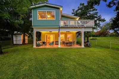 Granite Shoals Single Family Home Pending-Taking Backups: 521 N Shorewood