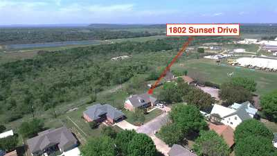Marble Falls Single Family Home For Sale: 1802 Sunset