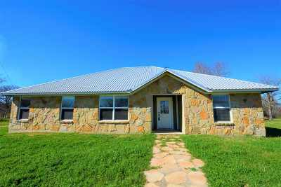 Burnet County Single Family Home For Sale: 126 Granite