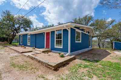 Burnet County Single Family Home For Sale: 504 Laurel
