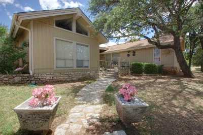 Horseshoe Bay Single Family Home For Sale: 107 W Bluebonnet