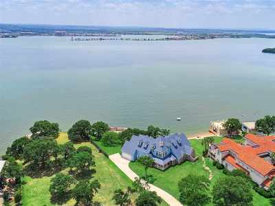 Marble Falls Single Family Home For Sale: 143 Wilderness Drive East