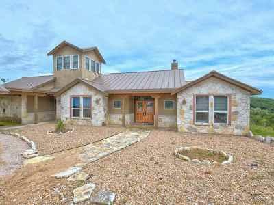 Burnet Single Family Home For Sale: 110 Morgan Cove