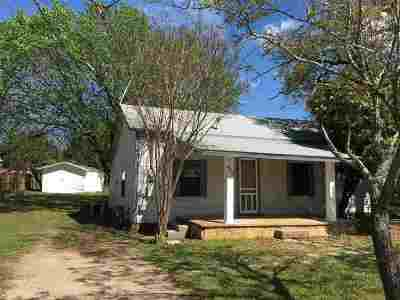 Burnet Single Family Home Pending-Taking Backups: 603 S Main St