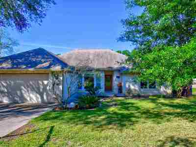 Sunrise Beach Single Family Home For Sale: 106 Skyline