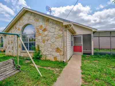 Marble Falls TX Single Family Home For Sale: $175,000