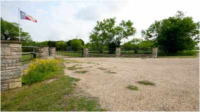 Lampasas Manufactured Home For Sale: 1764 County Road 4330