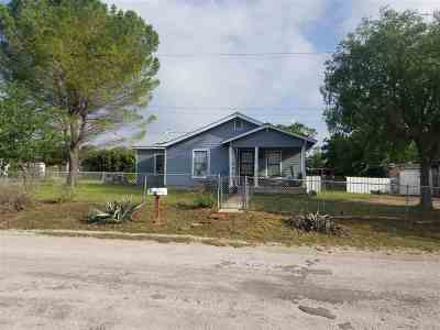 Lampasas County Multi Family Home For Sale: 1008 W E