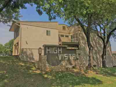 Horseshoe Bay Condo/Townhouse For Sale: 306 Out Yonder