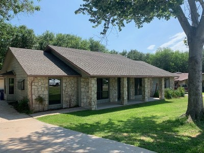 Burnet County Single Family Home For Sale: 1804 Lacy