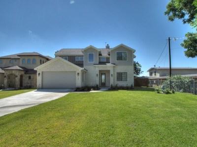 Kingsland Single Family Home For Sale: 121 Christopher