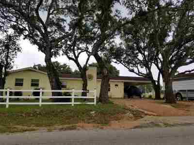 Kingsland Single Family Home For Sale: 602 Elkhorn