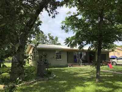 Burnet Single Family Home For Sale: 1303 Buchanan