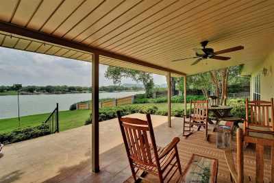 Kingsland Single Family Home Pending-Taking Backups: 2632 River Oaks Dr
