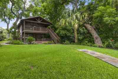 Single Family Home For Sale: 426 Pecan Creek