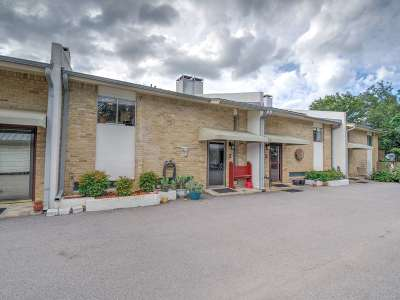 Horseshoe Bay Condo/Townhouse For Sale: 200 Hi Stirrup #2