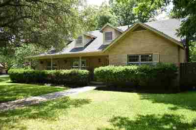 Lampasas County Single Family Home For Sale: 8 Park Pl
