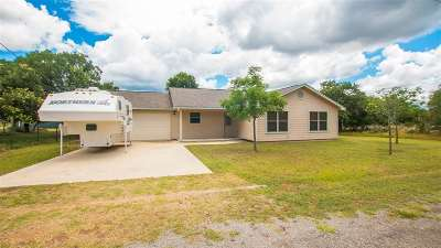 Granite Shoals Single Family Home For Sale: 417 Bluebonnet