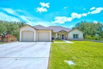 Kingsland Single Family Home For Sale: 336 Yucca Dr