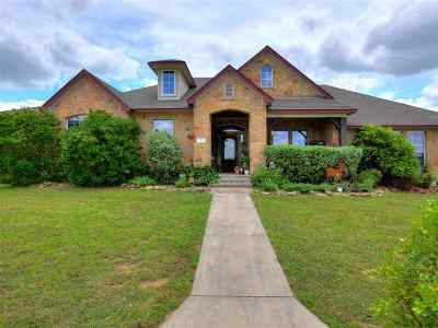 Burnet County Single Family Home For Sale: 111 Natalie's