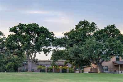 Horseshoe Bay TX Single Family Home For Sale: $389,000