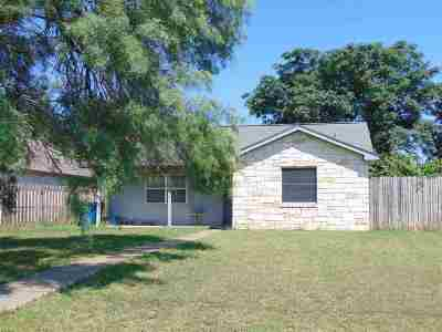 Marble Falls Rental For Rent: 309 Avenue R