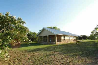 Lampasas Single Family Home For Sale: 4062 N Us Highway 281