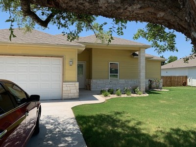 Marble Falls Single Family Home For Sale: 100 Ladera Cove