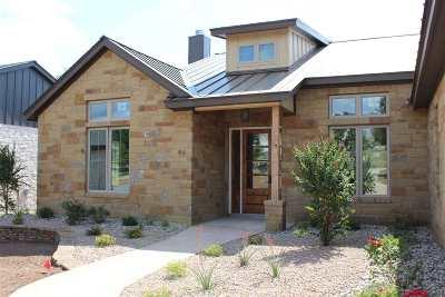 Horseshoe Bay Single Family Home For Sale: 146 Uplift