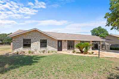 Marble Falls TX Single Family Home Temporarily Off Market: $275,000