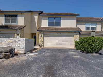 Burnet County Condo/Townhouse For Sale: 410 N Horseshoe Bay