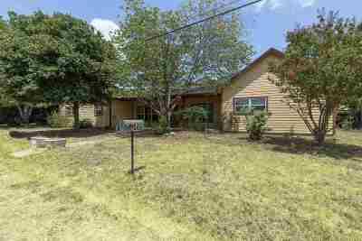 Kingsland Single Family Home For Sale: 566 Reynolds