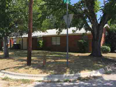 Burnet Single Family Home For Sale: 901 N Pierce