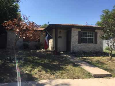 Burnet Single Family Home For Sale: 1007 E Live Oak St.