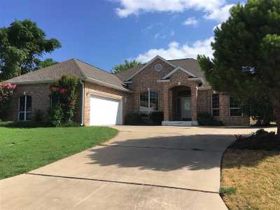 Burnet County Single Family Home For Sale: 218 Murfield