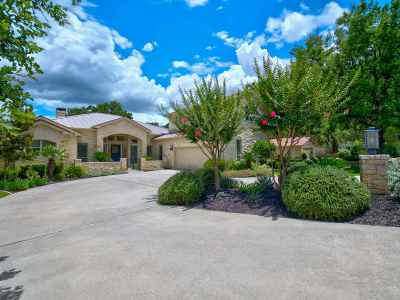 Horseshoe Bay Single Family Home For Sale: 417 Silver Spur
