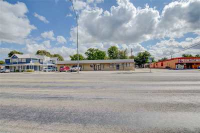 Lampasas Commercial For Sale: 107 S Key